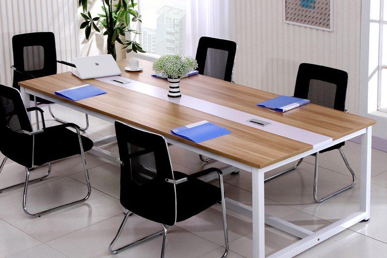 kinh nghiệm chọn mua bàn làm việc thanh lý